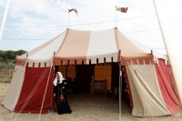 Camp_Tente_Seigneuriale_Miramas_1.jpg